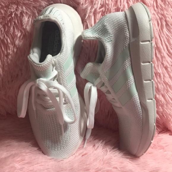adidas donne swift run